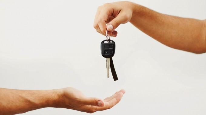 Seguretat a l'hora de canviar el nom d'un vehicle