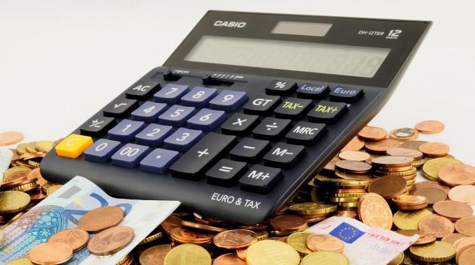 Al desembre cal comprovar si en el 2016 hem de pagar IAE