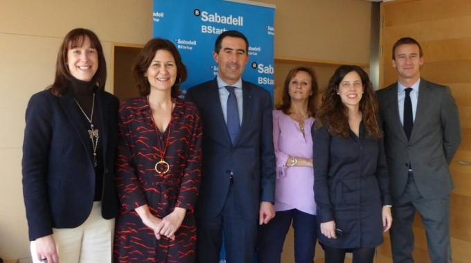 Grup Carles signa un acord amb Banc Sabadell per potenciar l'emprenedoria