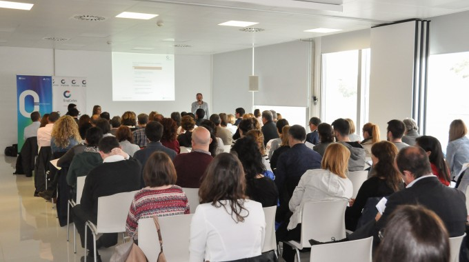 Èxit de participació en la sessió informativa organitzada per Grup Carles sobre el nou reglament de protecció de dades.