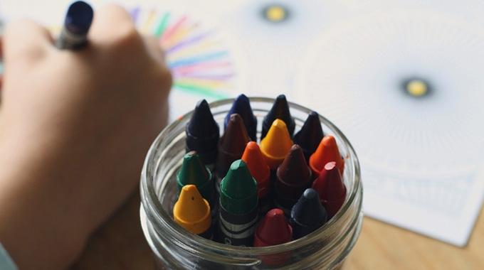 Model 233: declaració informativa per despeses en guarderies o centres d'educació infantil autorizats