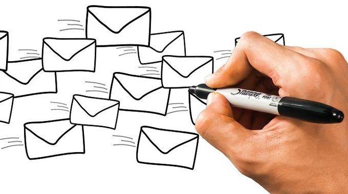 ¿Es válida la convocatoria de la Junta General realizada por correo electrónico?
